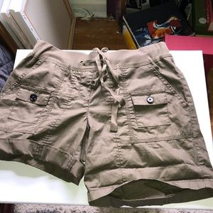 Ann Taylor Shorts - Ann Taylor roll up shorts
